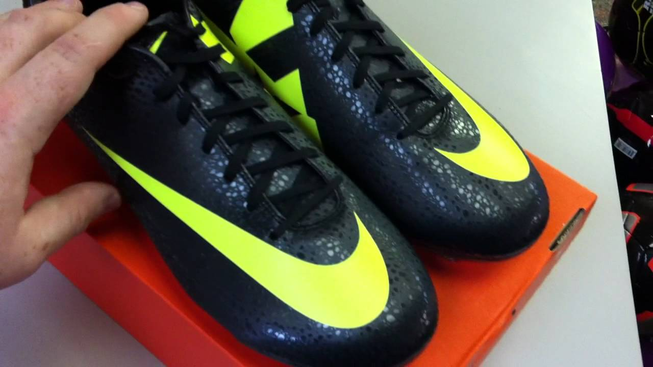 e87cecc53 Mercurial Vapor VII CR7 Safari II (Black Volt Dark Shadow) Unboxing and  Review