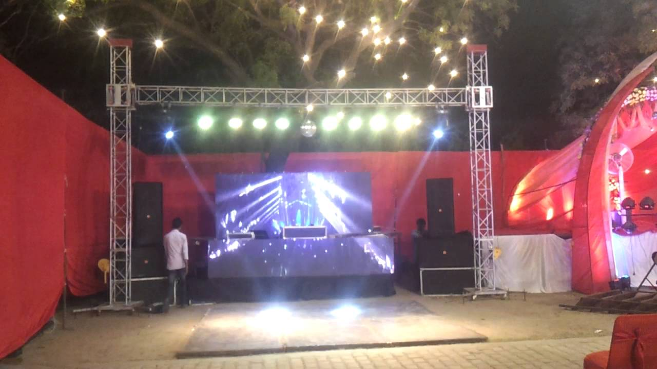 Led wall screan with dj setup single side truss by honey dj events led wall screan with dj setup single side truss by honey dj events faridabad 9873460112 youtube mozeypictures Gallery