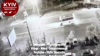 В Киеве у автобуса на ходу отпало колесо