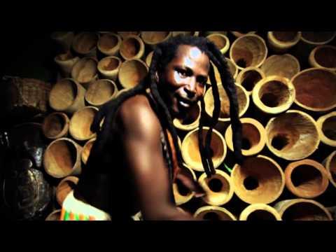 MoBlack feat. King Ayisoba - MeKa