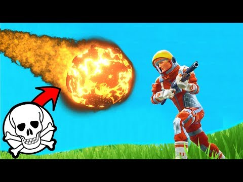 What Happens If A METEOR HITS YOU In Fortnite Battle Royale!