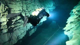 Molnár János Barlang, Cave