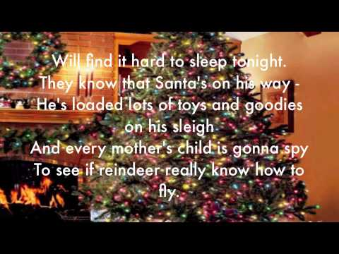 The Christmas Song (Chestnuts roasting on an open fire) lyrics Mp3