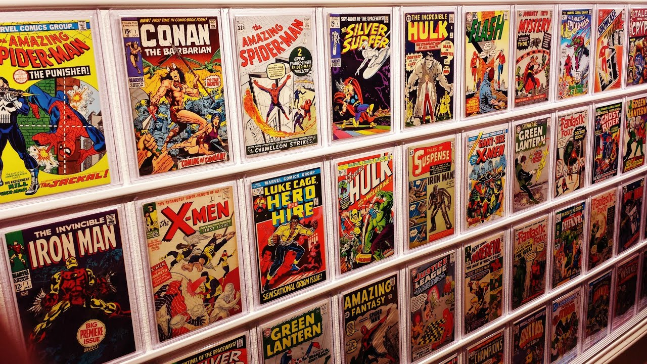 MY AWESOME COMIC BOOK DISPLAY - YouTube