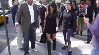 kanye west treats kim kardashian to 1m worth of gifts for her birthday   splash news tv