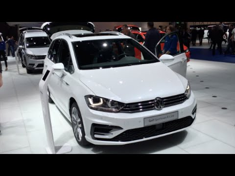 volkswagen golf sportsvan r line 2016 in detail review. Black Bedroom Furniture Sets. Home Design Ideas