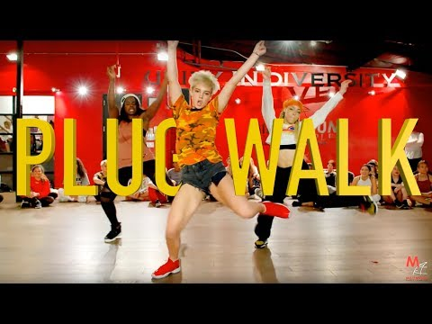 "Hip Hop Rap Music Dances - Phil Wright's New Dance on Rich The Kid's ""Plug Walk"""