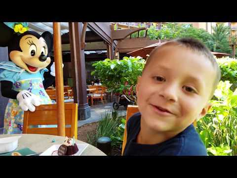Thumbnail: CHASE'S 5th BIRTHDAY in HAWAII! Disney Aulani Resort Activities (FUNnel Vision Trip Honolulu Part 1)