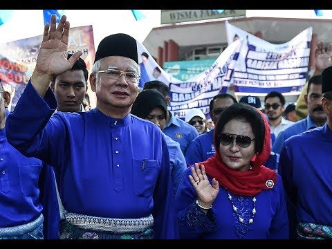 Immigration: Najib, Rosmah barred from leaving