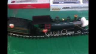 G Scale Pennsylvanian train set at metro walk by www.decibelscalemodels.com .mp4