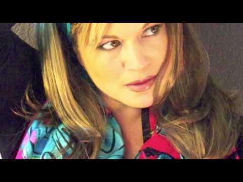 "Elisa Fiorillo singing ""A Little Misunderstanding"""
