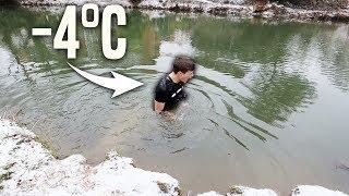 Bei -4°C in einem EISKALTEN Fluss schwimmen! 😱❄️