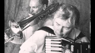 Pauline Oliveros - A Love Song
