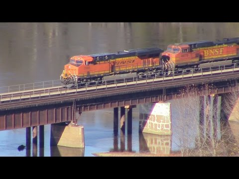 Along The Mississippi- Railfanning Railroads of The Midwest Episode 24