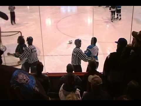 Wenatchee Wild Hockey Fight #1 - 1/1/2011