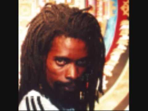 Daweh Congo - Let Them Fight It