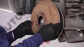 Kuinka vaihtaa takapyörän laakeri SKODA OCTAVIA 1U -merkkiseen autoon [OHJEVIDEO]
