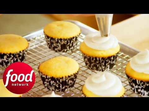 How To Make The Perfect Fluffy Vanilla Cupcakes! | Bake With Anna Olson