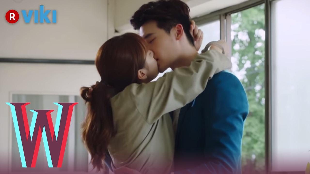 Download W - EP 7 | Lee Jong Suk & Han Hyo Joo's Jailhouse Kiss | Korean Drama