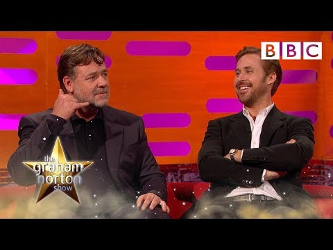 Russell Crowe on Michael Jackson's phone calls to him – The Graham Norton Show: Series 19 – BB...