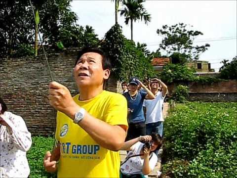 C4E - AFEO -Thả diều ờ làng chơi diều Bá Giang
