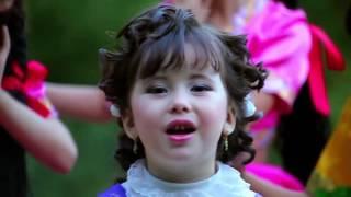 Uzbek children singing .. Zoobi Doobi