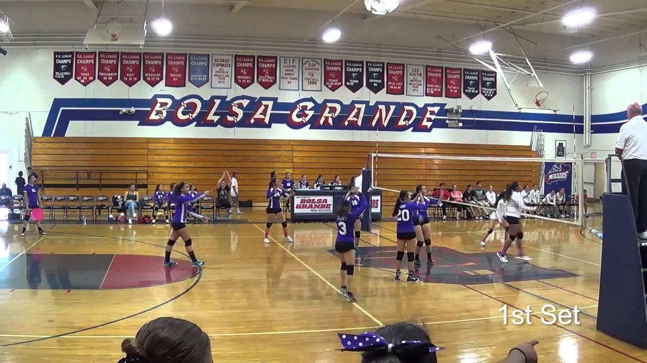 Santiago vs. Bolsa (Volleyball) - YouTube