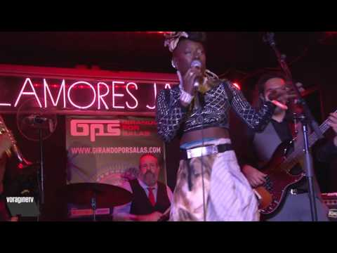 Shirley Davis&The Silverbacks@Clamores.20/04/17#2