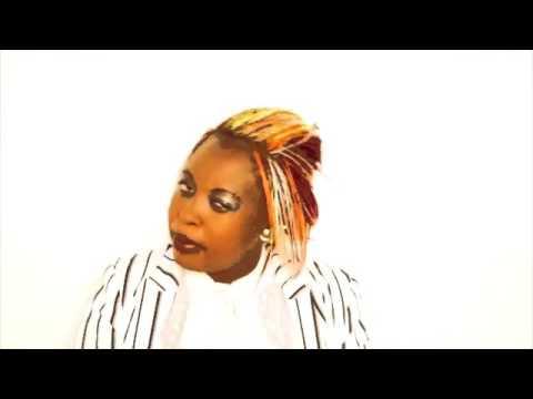 Lady Squanda   Mhamha Sorry Official HD Video March 2016 Zimdancehall