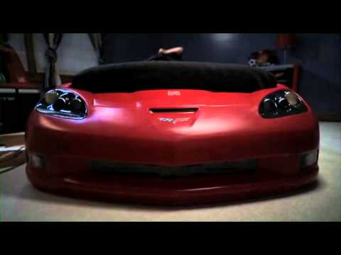 step2 corvette bed with lights - red/silver/black 2