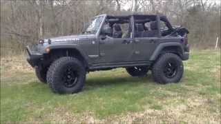 Jeep Wrangler Unlimited 4 Door (2007) Videos