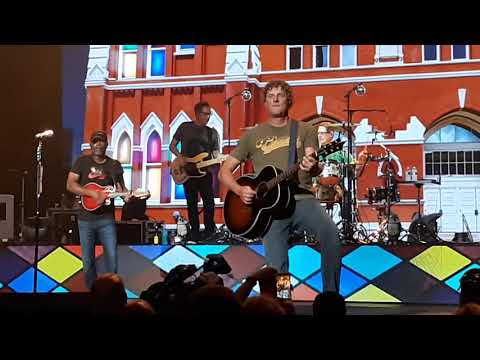 Hootie & the Blowfish - Will the Circle Be Unbroken? / Desert Mountain Showdown - 8/3/19