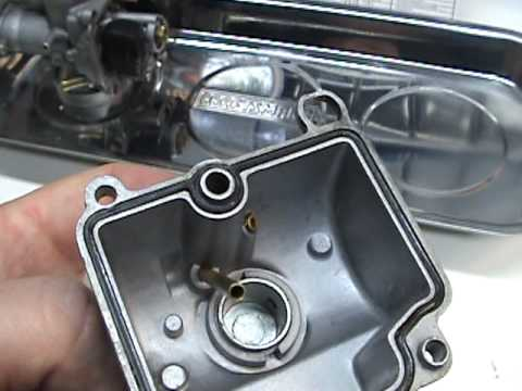 TWO STROKE CARBURETOR VACUUM LINES SIMPLY EXPLAINED - YouTube