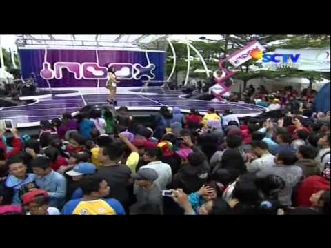 SITI BADRIAH [Berondong Tua] Live At Inbox (30-01-2014) Courtesy SCTV