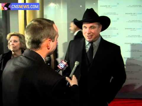 Garth Brooks comments on the Obama Presidency