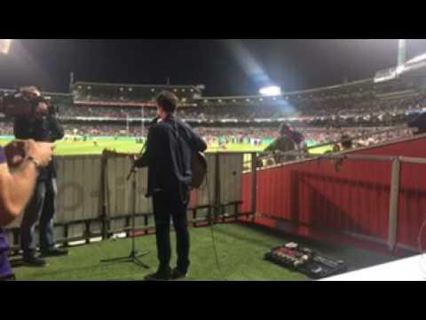 Castle On The Hill - Ed Sheeran (Live At Domain Stadium)