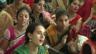 Hare Krishna Kirtan by Padmarani Mataji on Day 2 of ISKCON Mira Road Kirtan Mela 2016