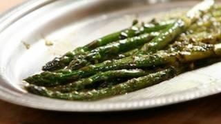 Recette de cuisine : Asperges à l'orange et à l'estragon