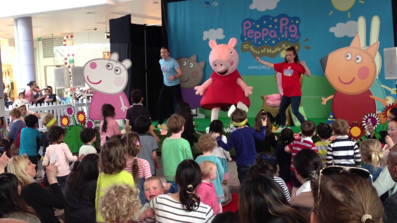 Peppa Pig Plays Musical Statues at Westfield London  YouTube