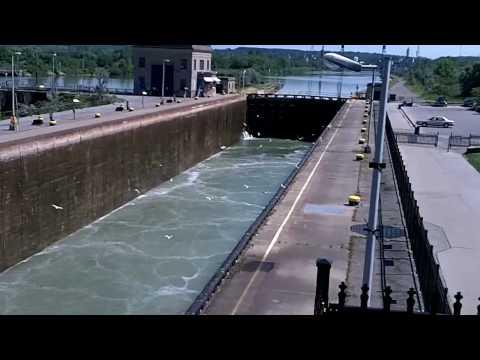 Welland Canal, Lock 7 - Canada HD Travel Channelиз YouTube · Длительность: 2 мин18 с