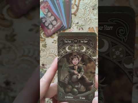 Обзор колоды Legends Tarot от Anne Stokes