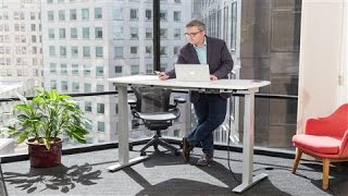 This Standing Desk Bosses You Around