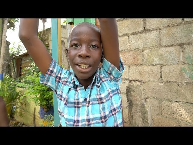 Marcos David Recites James 1:27 in English - Compassion International