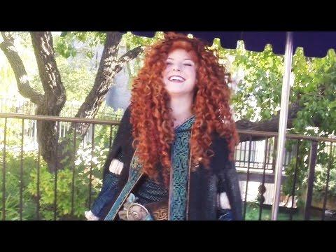 Meeting Princess MERIDA Disneyland 2016 HD