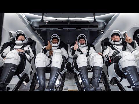 Kolla in när astronauter återvänder till jorden från ISS Alltid lika imponerande att se