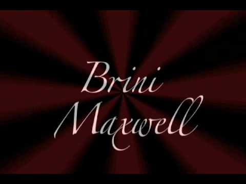 Brini Maxwell Does Vertigo