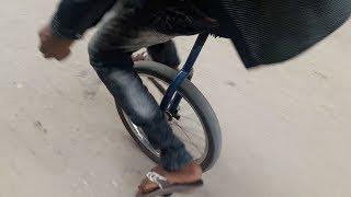 Cycle tricks by Homeless boy !! Rakhal hasan