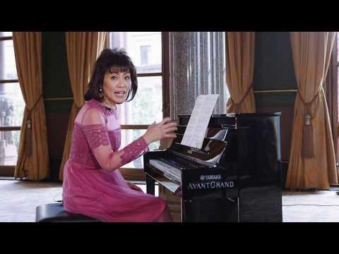 Noriko Ogawa piano lesson on Chopin 'Minute' Waltz Op 64 No 1