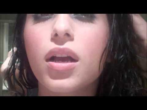 Neha Bhasin's SMOKY Eye Make-Up