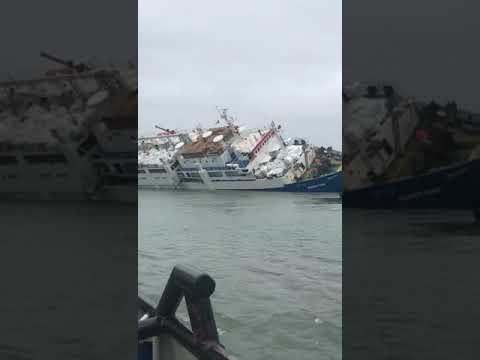Midia Marine Terminal a participat, ieri, la salvarea echipajului navei Queen Hind